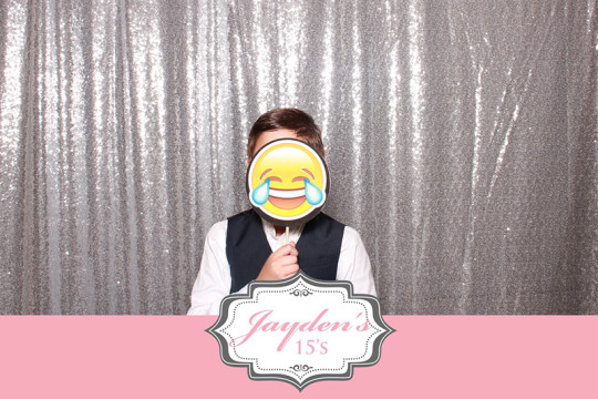 QUINCES MIAMI PHOTO BOOTH: REVIEW